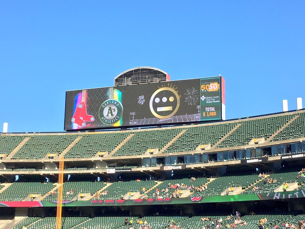 Thank you @Athletics and the ENTIRE town!!! #rootedinoakland https://t.co/JGbTml7X7I