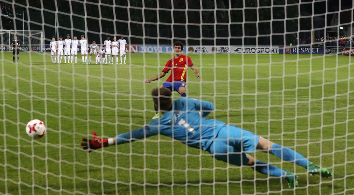 Shoot-out kings Spain crowned champions of Europe  http:// en.as.com/en/2017/05/19/ football/1495226194_713946.html &nbsp; …  #EuroU17 <br>http://pic.twitter.com/3go2VBBrj6