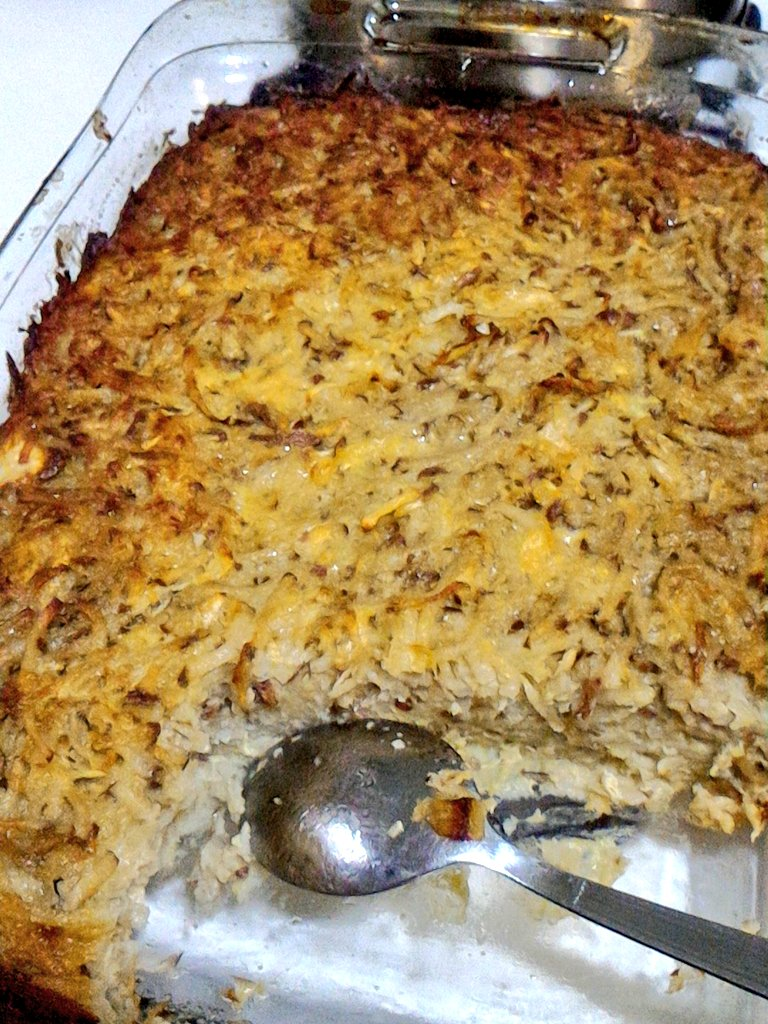 @Poasjei Potato Kugel is out, tatste realy good warm! https://t.co/I64ZPQJmbY