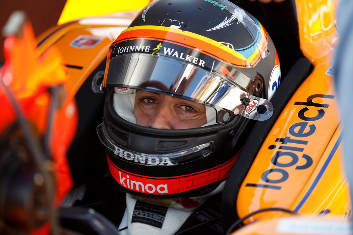 That&#39;s a wrap for #FastFriday  at #Indy500. Fernando finishes 4th on the timing sheet with a storming top speed of 231.827MPH. <br>http://pic.twitter.com/tmxL9MHwwb