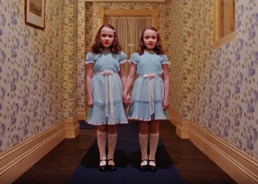 SCAREDY-KIDS: #TheShining #mazes headed to #UniversalStudios&#39; #HalloweenHorrorNights in #Orlando, #Hollywood:  http:// youtu.be/e3s6hfAVrYE  &nbsp;   #HHN27 <br>http://pic.twitter.com/iWk6Y0UZ8z