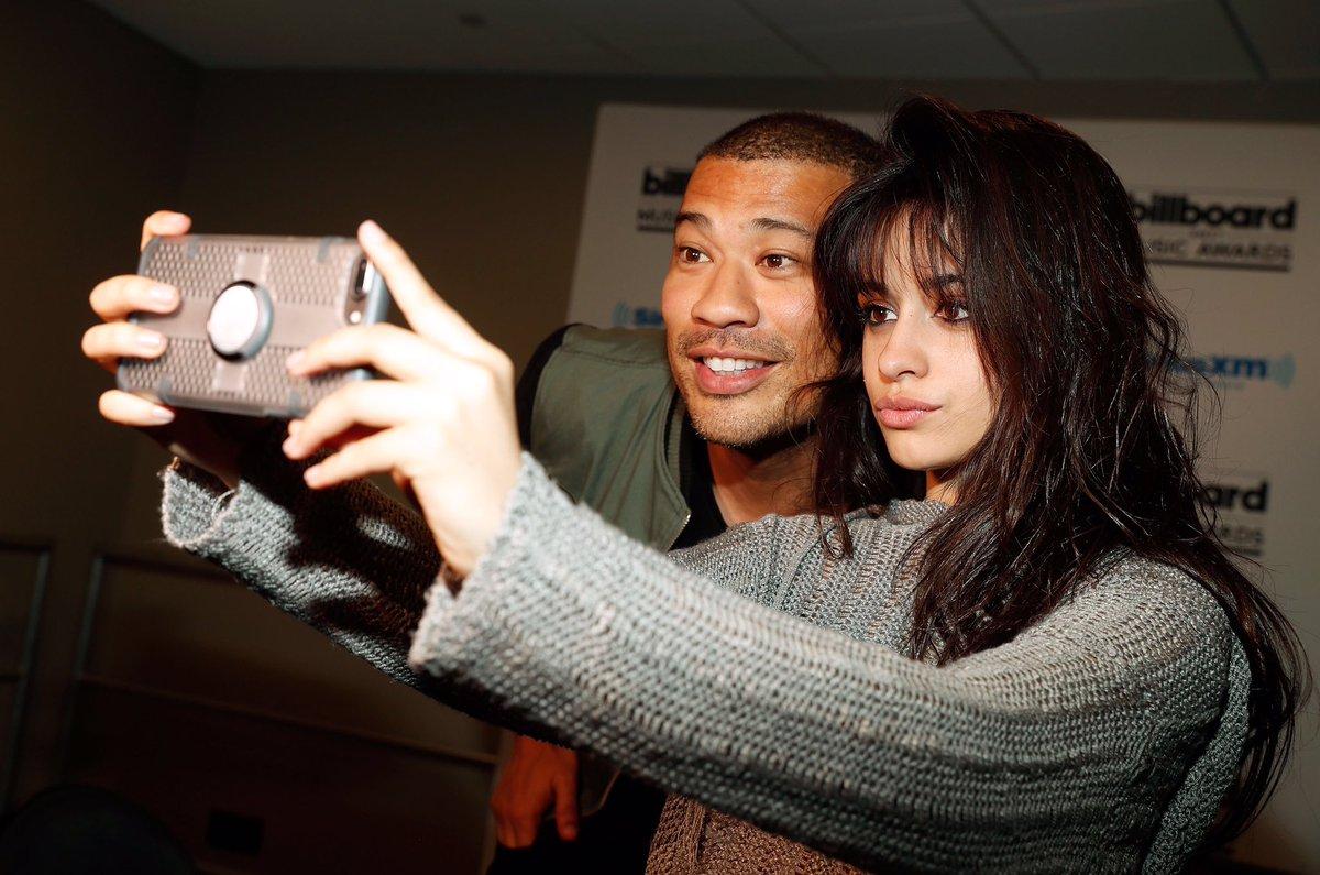 Yassssss @Camila_Cabello #selfie @SiriusXMHits1 #Hits1InHollywood https://t.co/qMbdhtTTnT