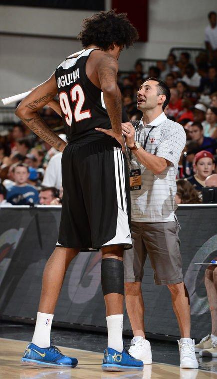 Salpointe grad Jesse Mermuys relishing role with old buddy Luke Walton's Lakers https://t.co/fFJMyaTU1C