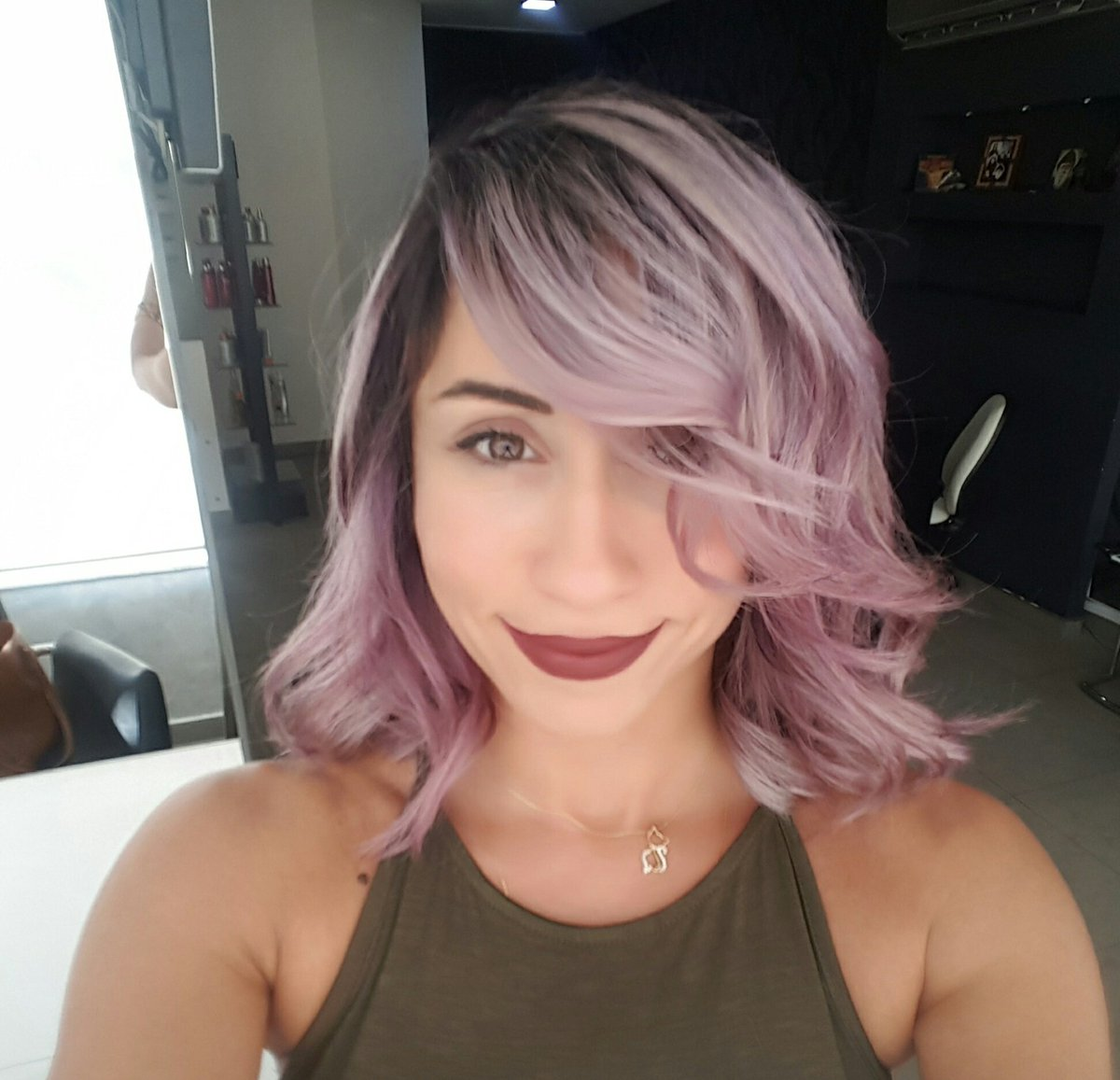 My bro is the best #hairdresser in #lebanon #newlook #haircolor #funkyhair #violet #pink #lila #coiffure #hair #hairtalk #hairstyles #best<br>http://pic.twitter.com/6caLnLf5Px