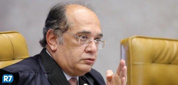 Em grampo, Gilmar Mendes promete ajudar Aécio em projeto que dificulta investigações de corrupção https://t.co/VRnVcZGnvI #Política