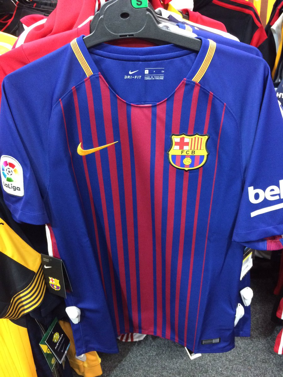 Yet to be released #Barca top on sale in Australia! #FCB @FCBGoalDigger @FCBdaily @Barca<br>http://pic.twitter.com/Oj8xLuWXkP