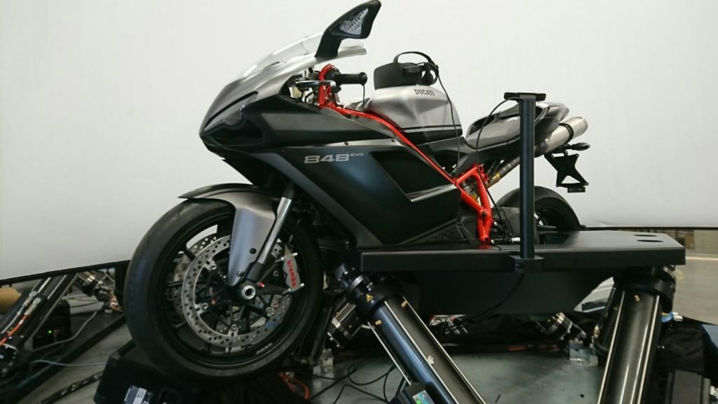 A VR-Enhanced Professional Motorcycle Simulator Is Unveiled – VRFocus
