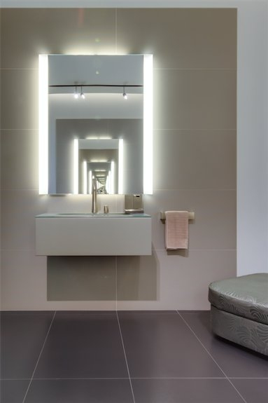Get inspired by the #armaniroca bathroom environment @RocaLONGallery – open today 11am – 5pm #bathroomdesign @Armani  http:// rocalondongallery.com/en/visit  &nbsp;  <br>http://pic.twitter.com/OzMXjtBasT