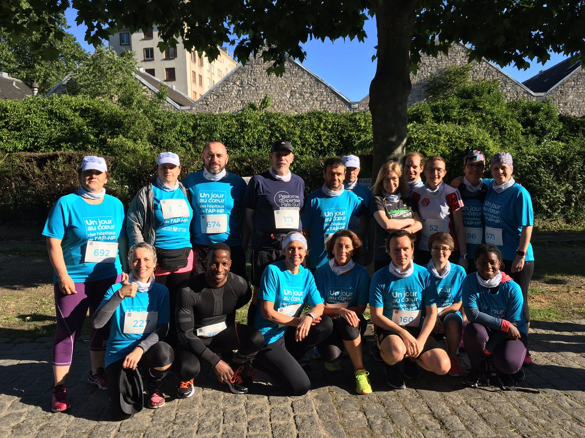 En place !! #TeamHUPS #JPOAPHP #Running<br>http://pic.twitter.com/pNUcd8AbQ3