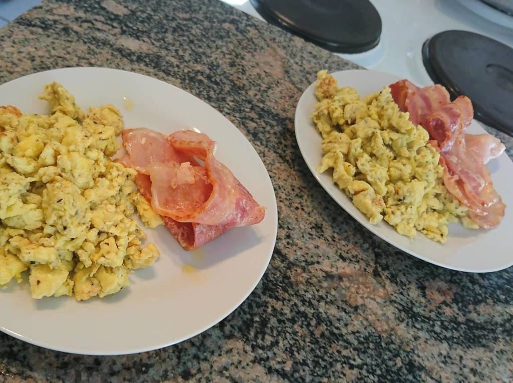 Simpler scrambled eggs and bacon for breakfast  #lchf #lowcarb #lowcarbhighfat #highfatlowcarb #banting #eggs #bac…  http:// ift.tt/2q2GjcM  &nbsp;  <br>http://pic.twitter.com/1o4DhbUCNo