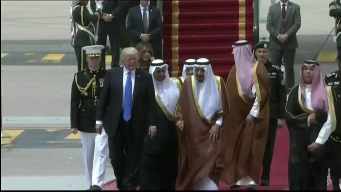 #PresidentTrump Arrives In Saudi Arabia   NO Hijab For #Melania   NO Bowing By #Trump   #America Will NOT Submit https://t.co/6x175ztnL6
