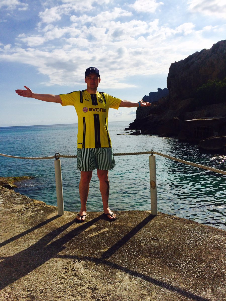 Good Morning from Mallorca!! #hejaBVB @BVB <br>http://pic.twitter.com/yViNAfD48s