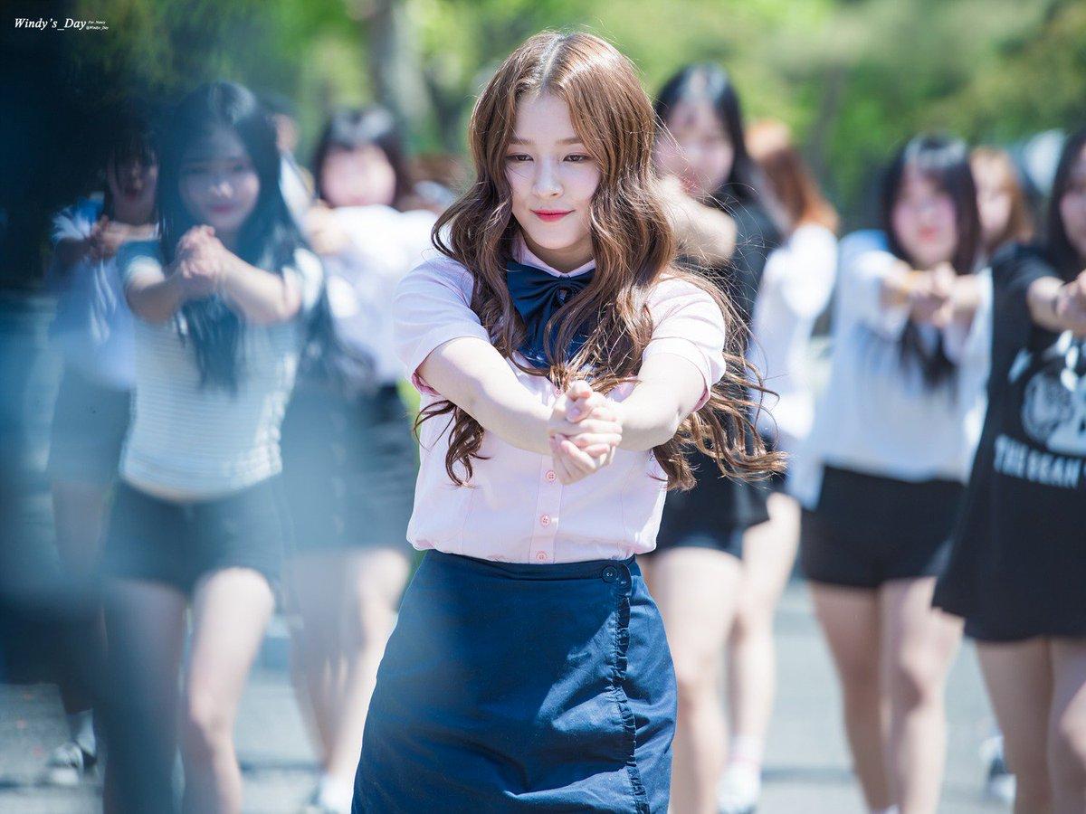 [HQ] 170519 - Music Bank @ Jeonju  © Windys_Day #낸시 #NANCY #MOMOLAND #모모랜드<br>http://pic.twitter.com/nmDwzXe8Xc