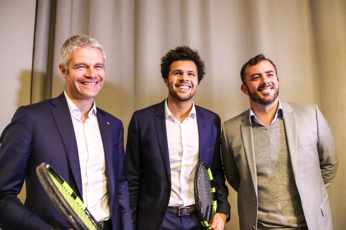 Wauquiez épinglé sur ses privilèges au nouveau tournoi de tennis https://t.co/DmS1Iw3NUp #Lyon #actu https://t.co/ugYbeum7vk