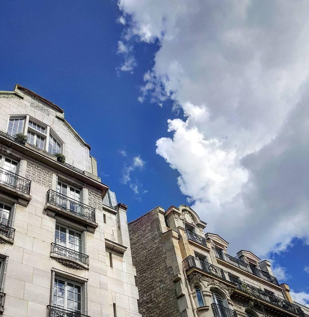 Back home!  #paris #parisien #iloveparis #ilfaitbeau #happy #soleil #nofilter  http:// ift.tt/2rDhDb3  &nbsp;  <br>http://pic.twitter.com/CFVkJLP7XA