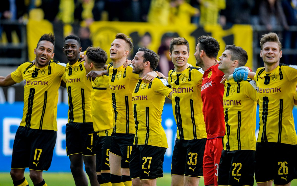 Three teams have finished the #Bundesliga season without losing a single game at home:  Borussia Dortmund Bayern Munich Hoffenheim   <br>http://pic.twitter.com/t2H9usRpWV