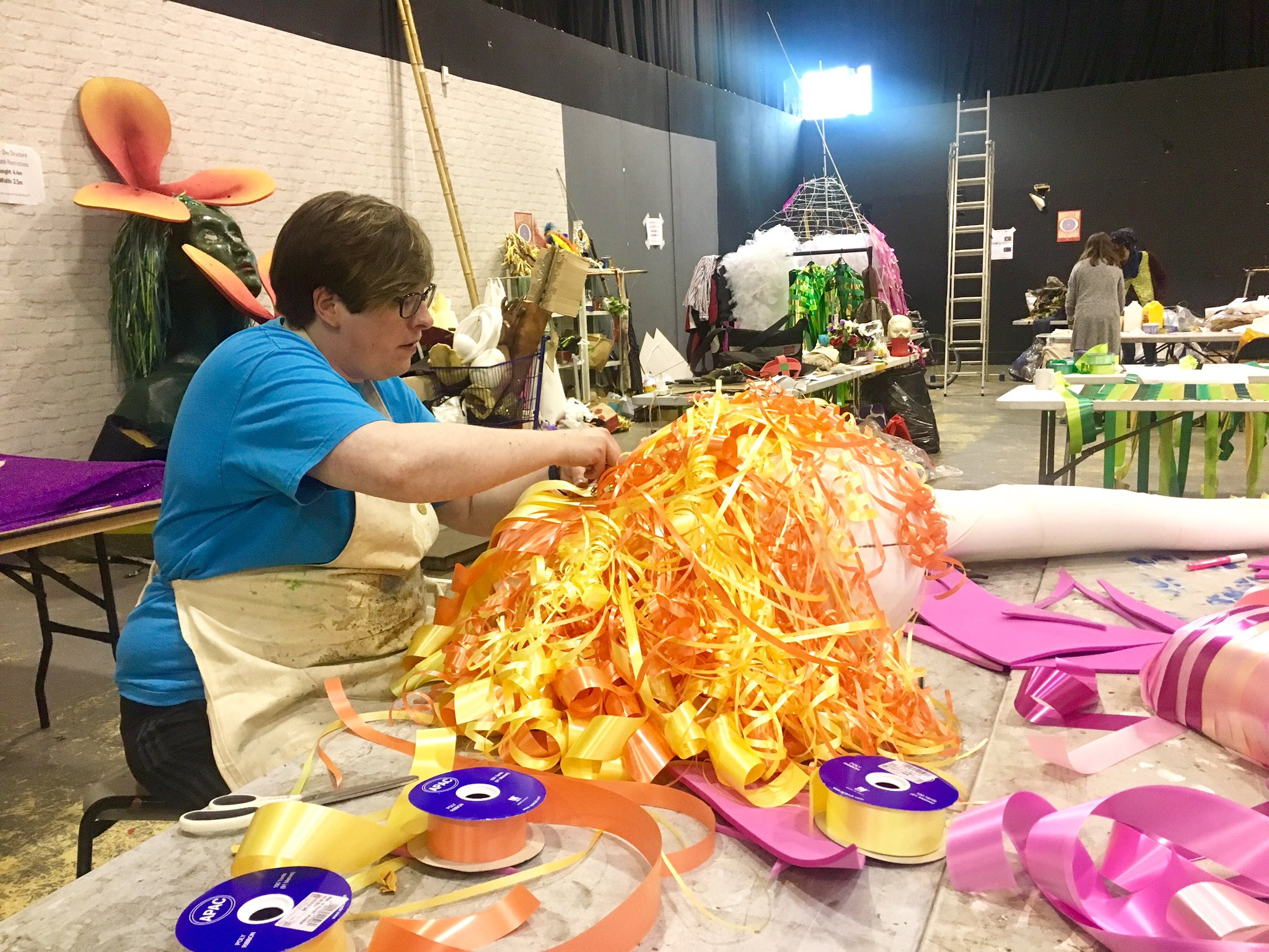 Can you guess what Emma our #McrDay17 volunteer is making? Get involved in the magic here https://t.co/Rz4A4V85pC https://t.co/utXIV7hVyz