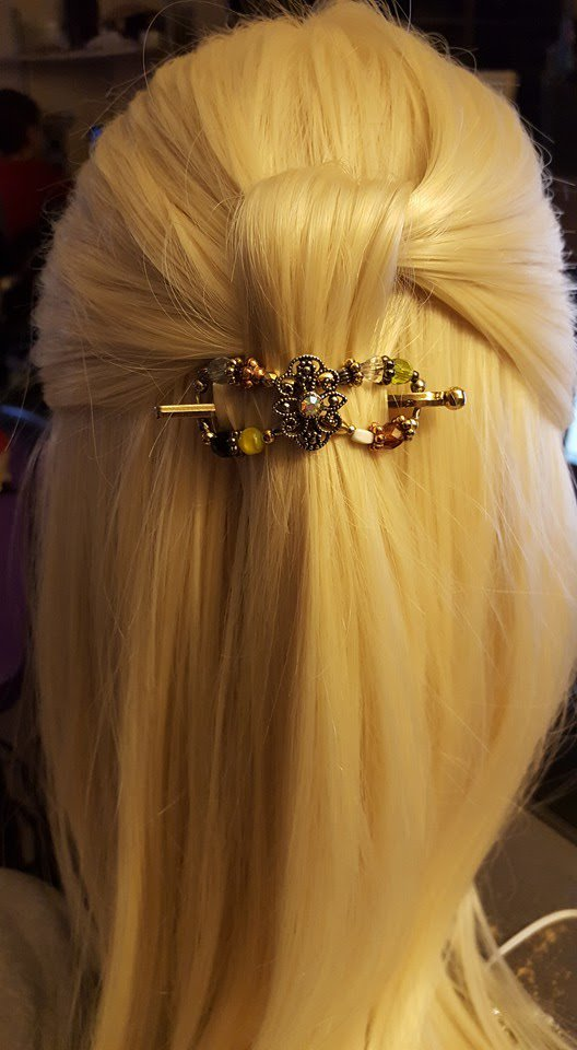 20 second half back #hairstyle with Lilla Rose flexi clips.  http:// bit.ly/2lJJzvw  &nbsp;    Shop at  http:// lrose.biz/mbella77  &nbsp;    #lillarose<br>http://pic.twitter.com/dkA53jUjkL