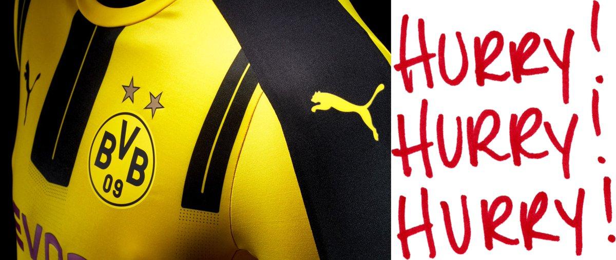 The #Borussia Dortmund and #Hurrypic.twitter.com/s7wWV1JY4m