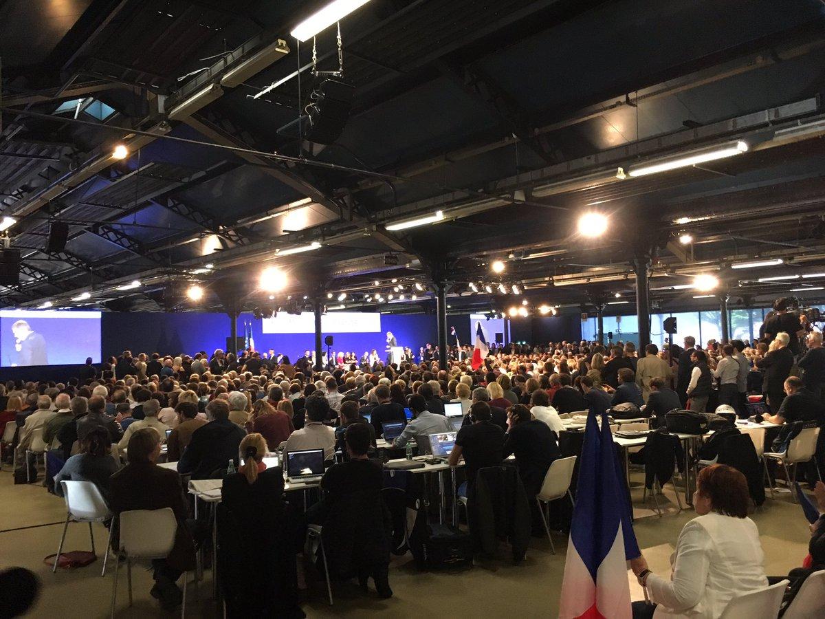 #Baroin fait acclamer Sarkozy  puis 'son frère de lait chiraquien' Christian Jacob  puis Éric Woerth.  #Legislatives  #LaCampagneSansFin