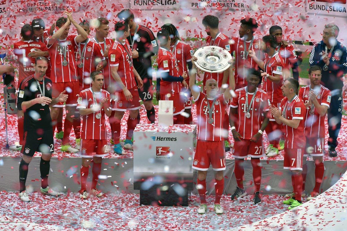 The top four in the #Bundesliga 2016/17:   = Bayern (82)  = RB Leipzig (67)  = Dortmund (64)  = Hoffenheim (62)   <br>http://pic.twitter.com/dEivAuj8LR