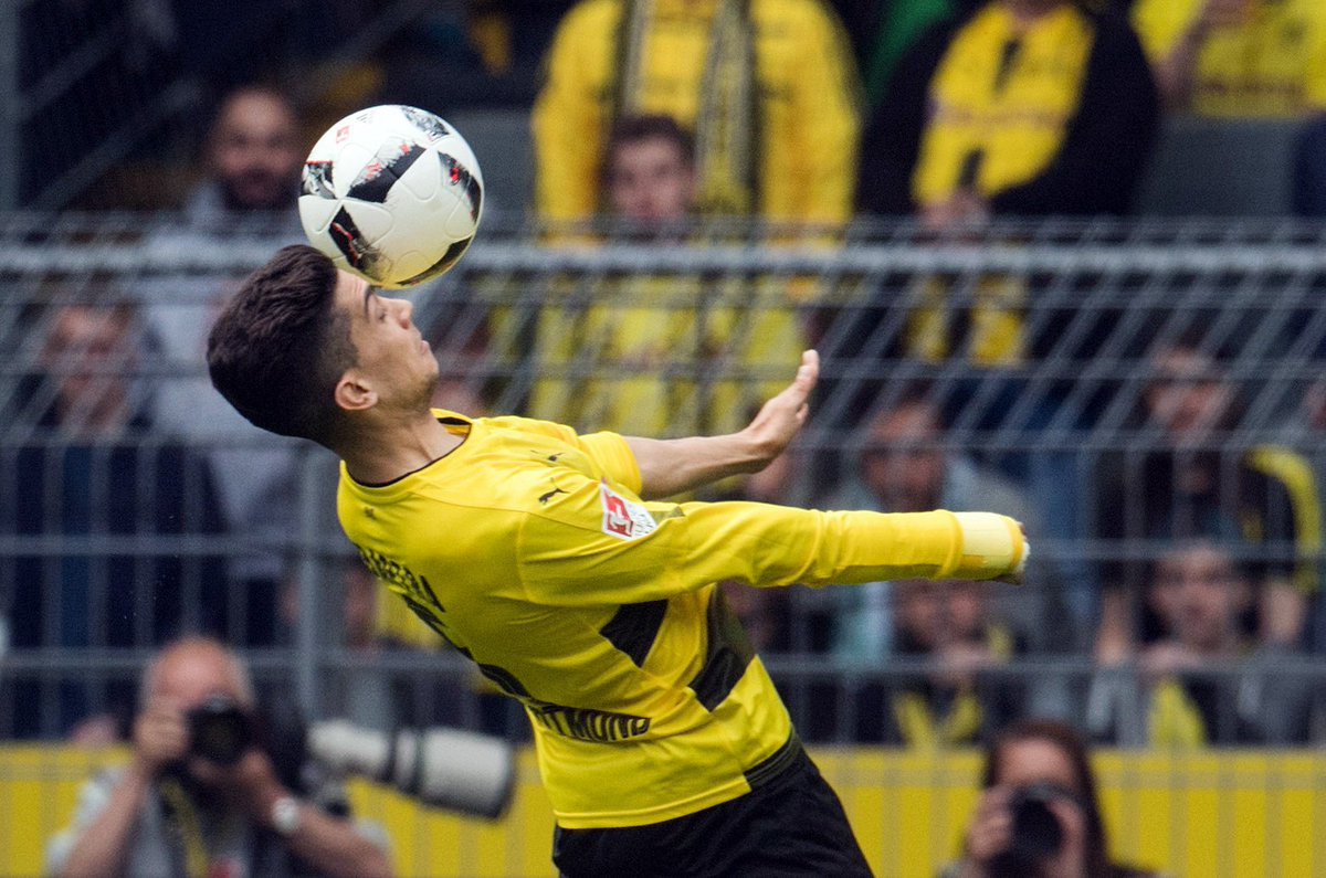 #BVB coach Thomas #Tuchel: &quot;A good game for @MarcBartra to come back. So much going on that he probably didn&#39;t think about his arm!&quot; #bvbsvw<br>http://pic.twitter.com/2guEkACnMN