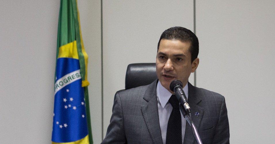 Marcos Pereira (PRB): Ministro de Temer recebeu R$ 6 milhões em propina, diz Joesley https://t.co/YmeqyZqXuj