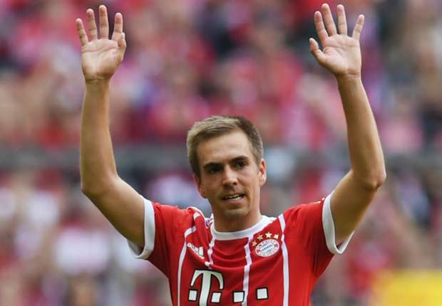 #PhilippLahm #GianluigiBuffon #Main Italy legend Buffon takes to video to wish Lahm well on retirement  http:// dlvr.it/PBsV4t    pic.twitter.com/hngJdr2efz