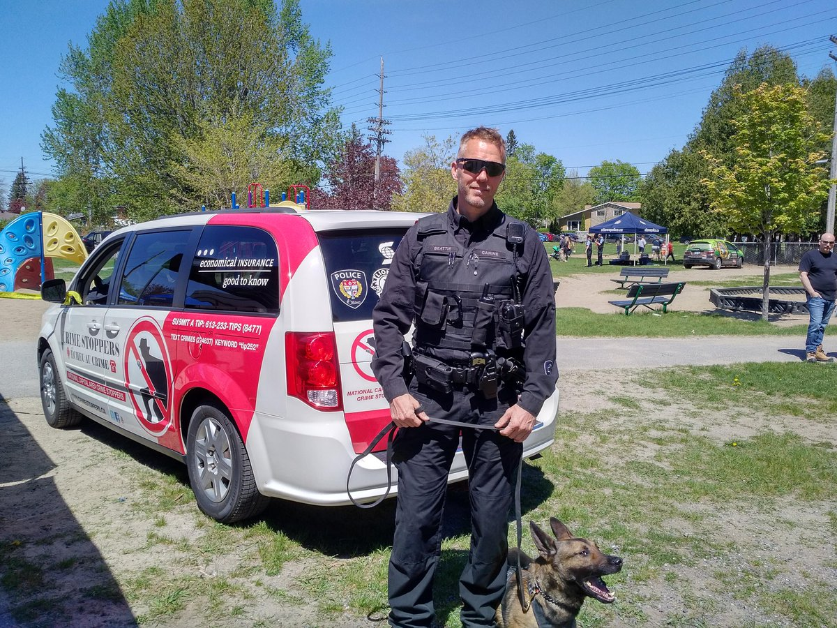 @OttawaPolice K9 enjoying #PoliceWeekON event. @CrimeStoppersOT #Anonymous #TIPS help police keep our community safe.<br>http://pic.twitter.com/oxNyGIAZ7a