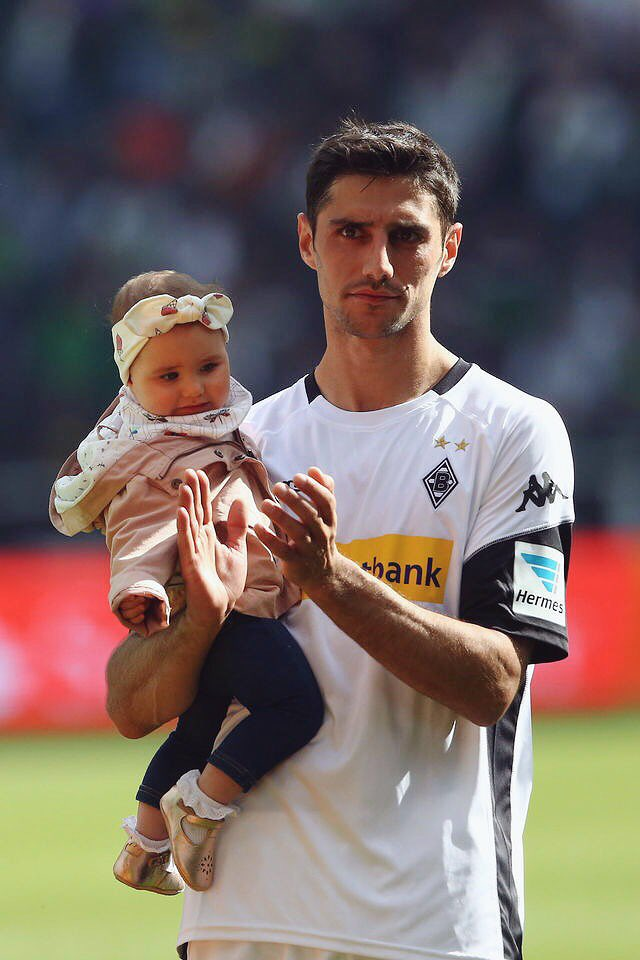 - Lars Stindl  #Borussia  #Bundesliga<br>http://pic.twitter.com/zyMtG3lUZM