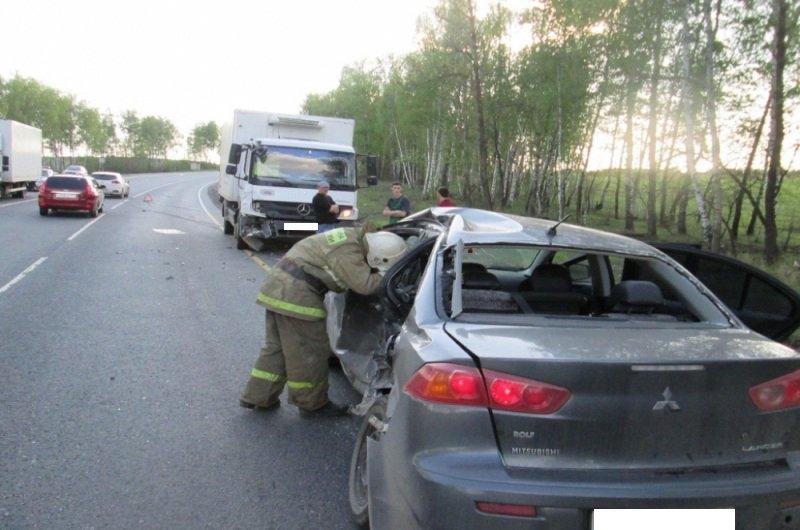 В туле водитель lada priora пострадал по вине пьяной автоледи.