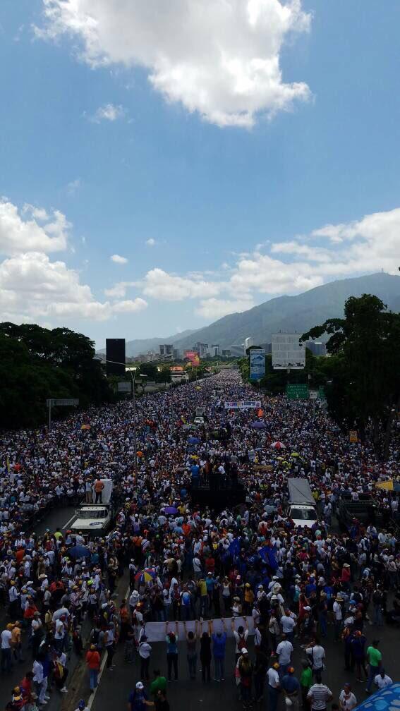 Венесуэла - бунт против Мадуро - сегодня уже 50 день