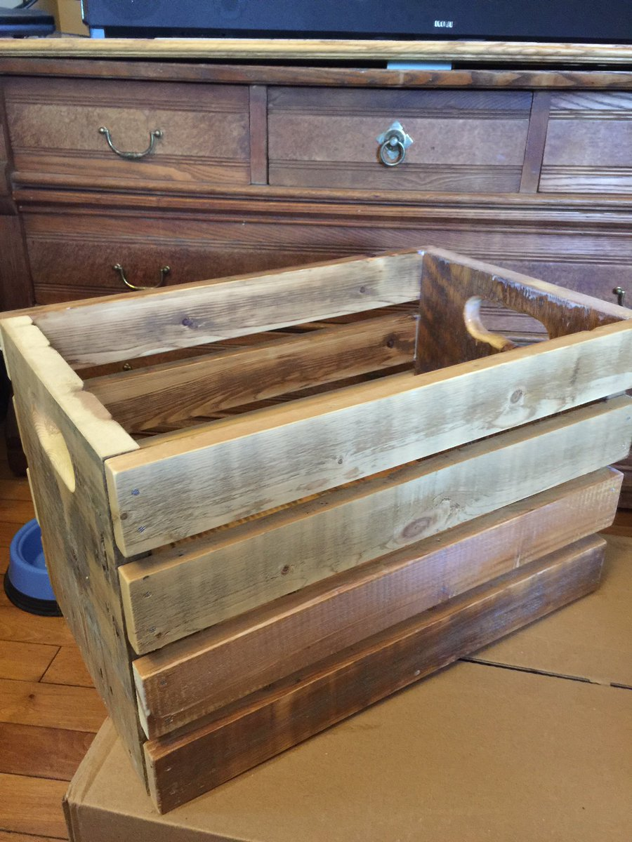 #handmade #storage #crate #staining good #weekend #diyproject  #etsychaching #woodworking #wood #handmade #FolloForFolloBack #like #etsy<br>http://pic.twitter.com/WjZ9P6P8hk