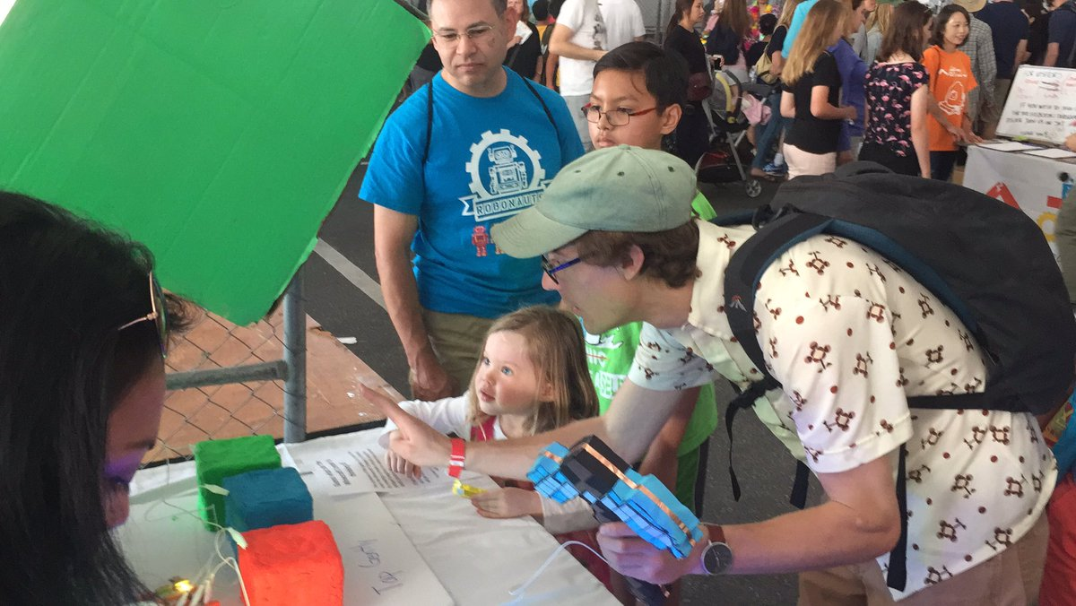 So many people!  Love  it when kids &amp; adults enjoy our projects! #MFBA17  #make #diy #familyfun #faire #minecraft @makerfaire #steam #stem<br>http://pic.twitter.com/NOy3U38YPJ