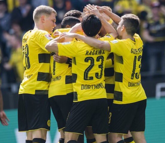 Thanks to fans  #sk23 #bvb #dortmund  #応援ありがとうございました<br>http://pic.twitter.com/FN3Tra3MBR