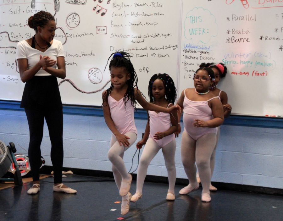 #T74 Weekend #MustReads: Ballet helped this Memphis school from closing. @CarolineBmn has the story on @ChalkbeatTN.  http:// buff.ly/2qzAuGp  &nbsp;  <br>http://pic.twitter.com/sRwMfJ2F5I