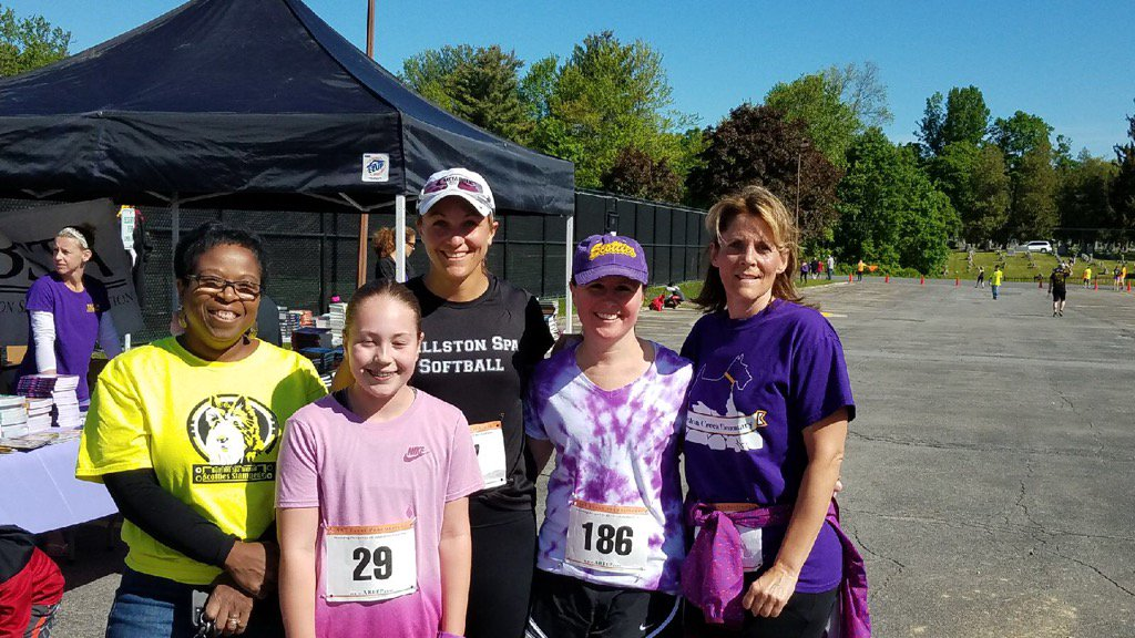 GC Scottie Stampede runners and workers. Beautiful day in B-Spa # GordonCreekElem #bscsd https://t.co/Ymc73eJxap