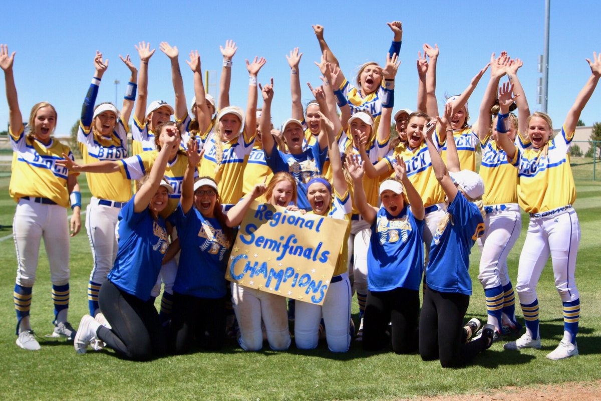these girls played round 4 w Forney Sball &amp; Horton fam in their hearts and I could not be more proud at what came out of it #ONE @Gosset41<br>http://pic.twitter.com/PkYiW9owtg