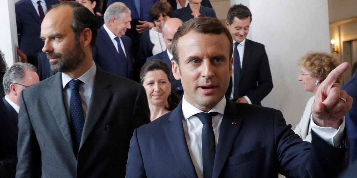 Pour Macron (62% de popularité), 3e démarrage de la Ve, derrière De Gaulle (67%, 1958) et Sarkozy (65%, 2007)https://t.co/P0OfUFxyPI.