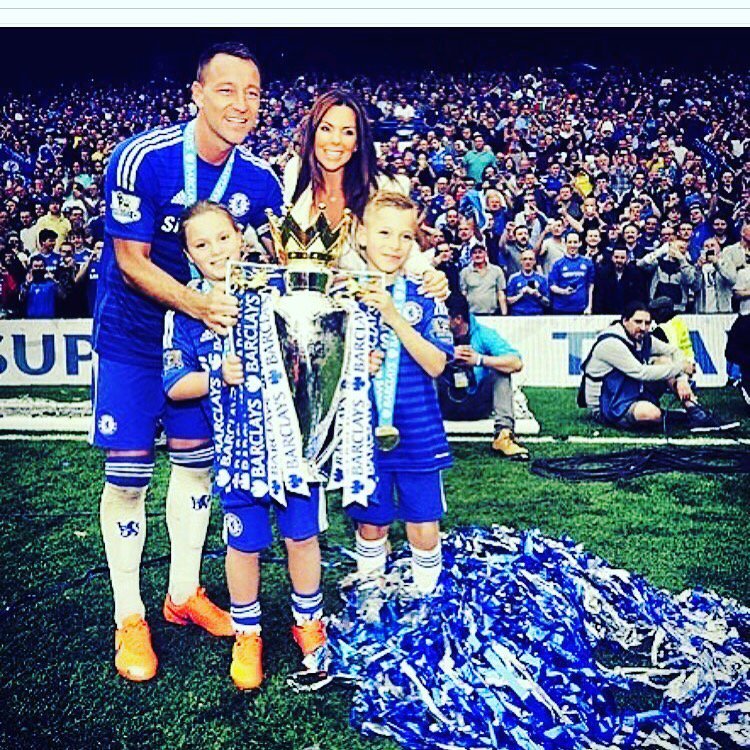 Congrats #johnterry for your career @ChelseaFC https://t.co/aTYTw3G4WZ