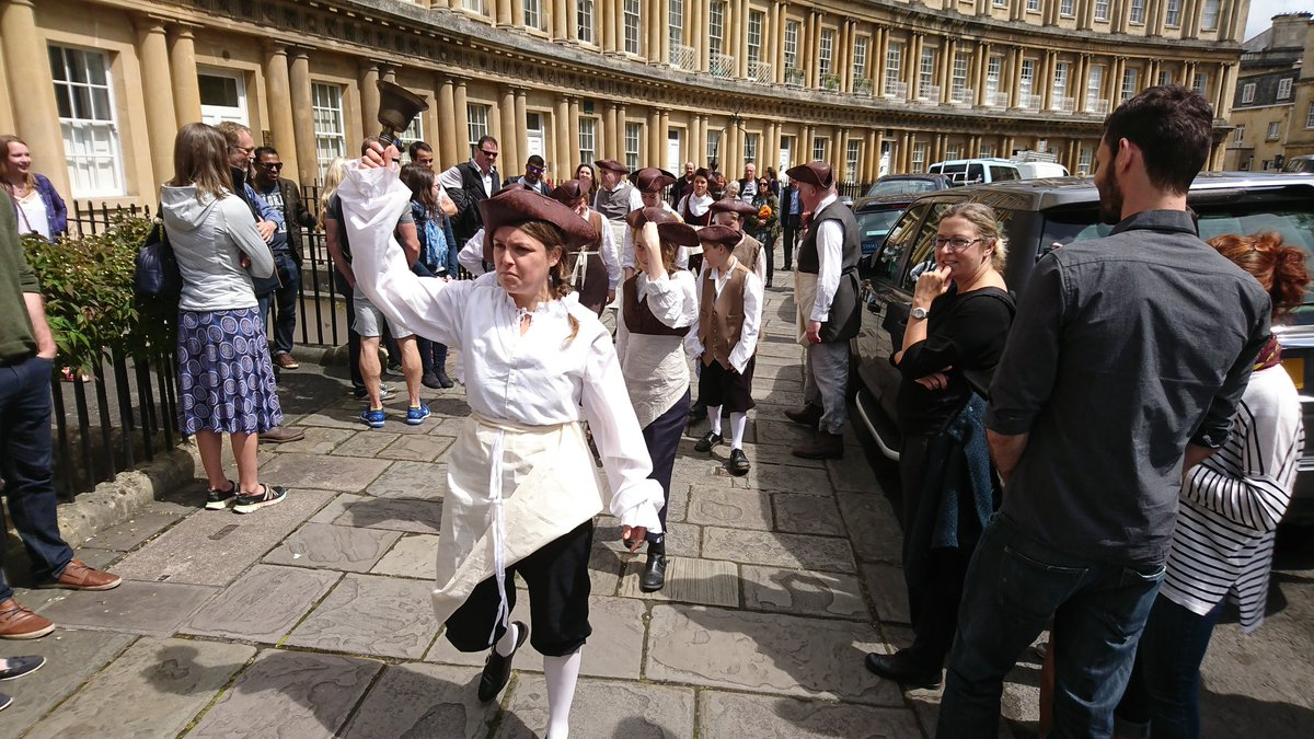 The dress agency widcombe bath - Rt Naturaltheatre Pulling The Crowds For Royalcrescent250 Https T Co Rewzhouxqi