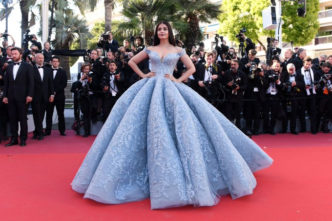 See all of the best dressed stars at the 2017 Cannes Film Festival thus far: https://t.co/b5PstQyci2