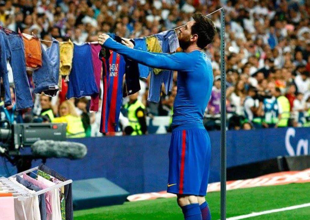 So what now kido , No CL , no Liga, No Ballon d&#39;or  #Barca #ronaldo #realmadrid<br>http://pic.twitter.com/i1tCgwGDzN