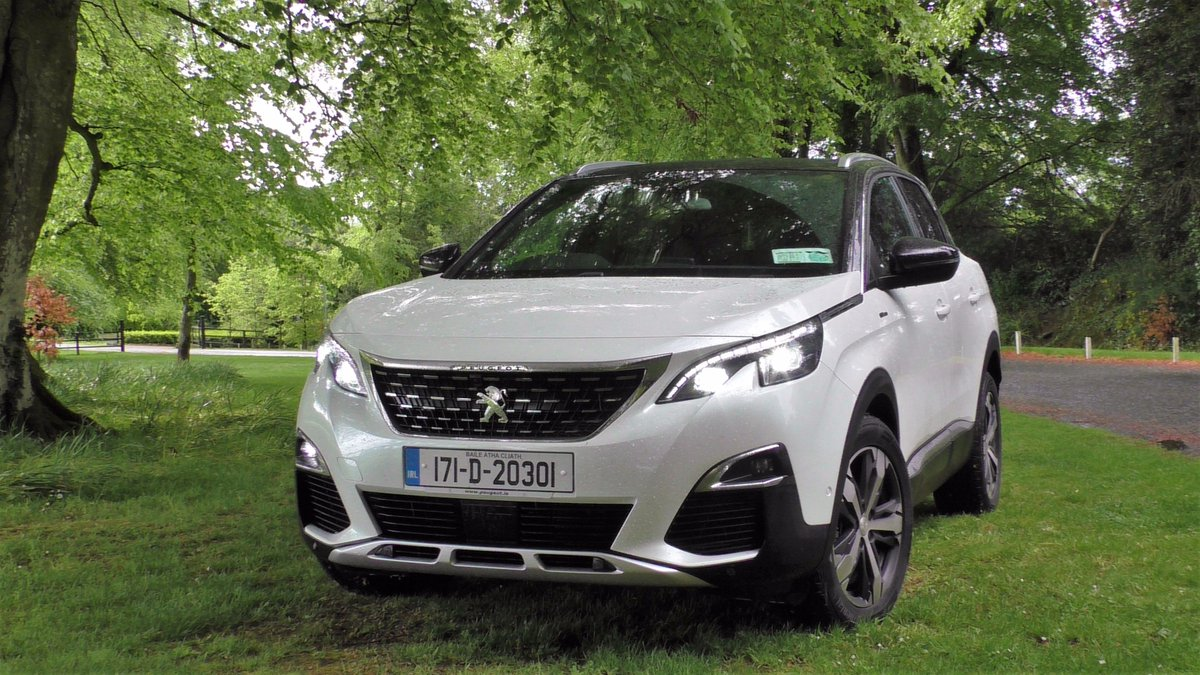 This week I&#39;ve been driving the #Peugeot 3008 GT Line 1.6 BlueHDi with 120hp. €34,925 for this model, 3008 range starts at €25,995. <br>http://pic.twitter.com/kNxtPVXP6n