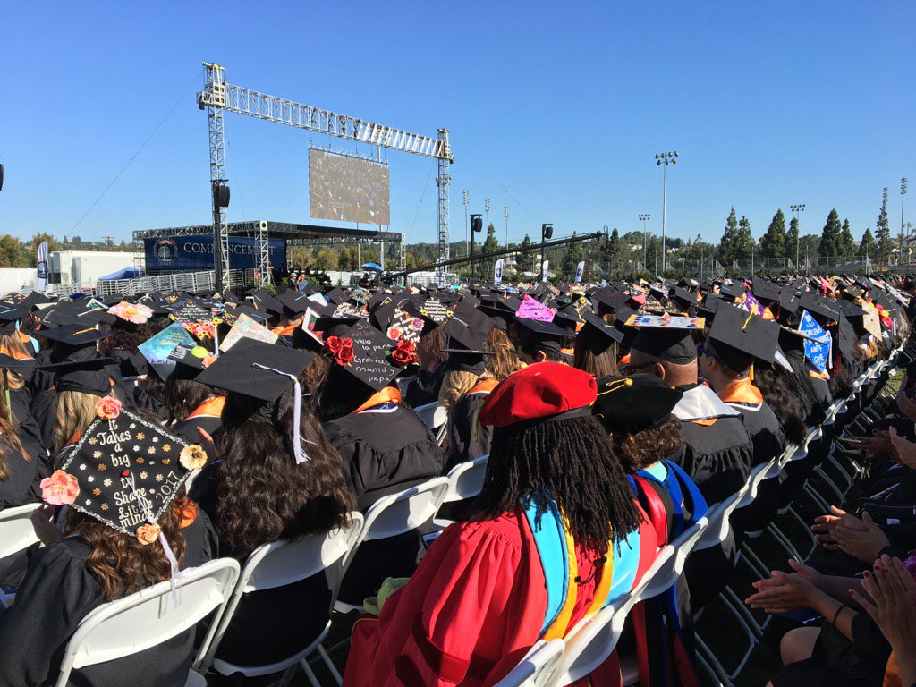 """#CSUF President Mildred Garcia tells Titan grads """"your degree will open doors ... keep learning & keep giving back."""" https://t.co/HyhNc0Q2Fh"""