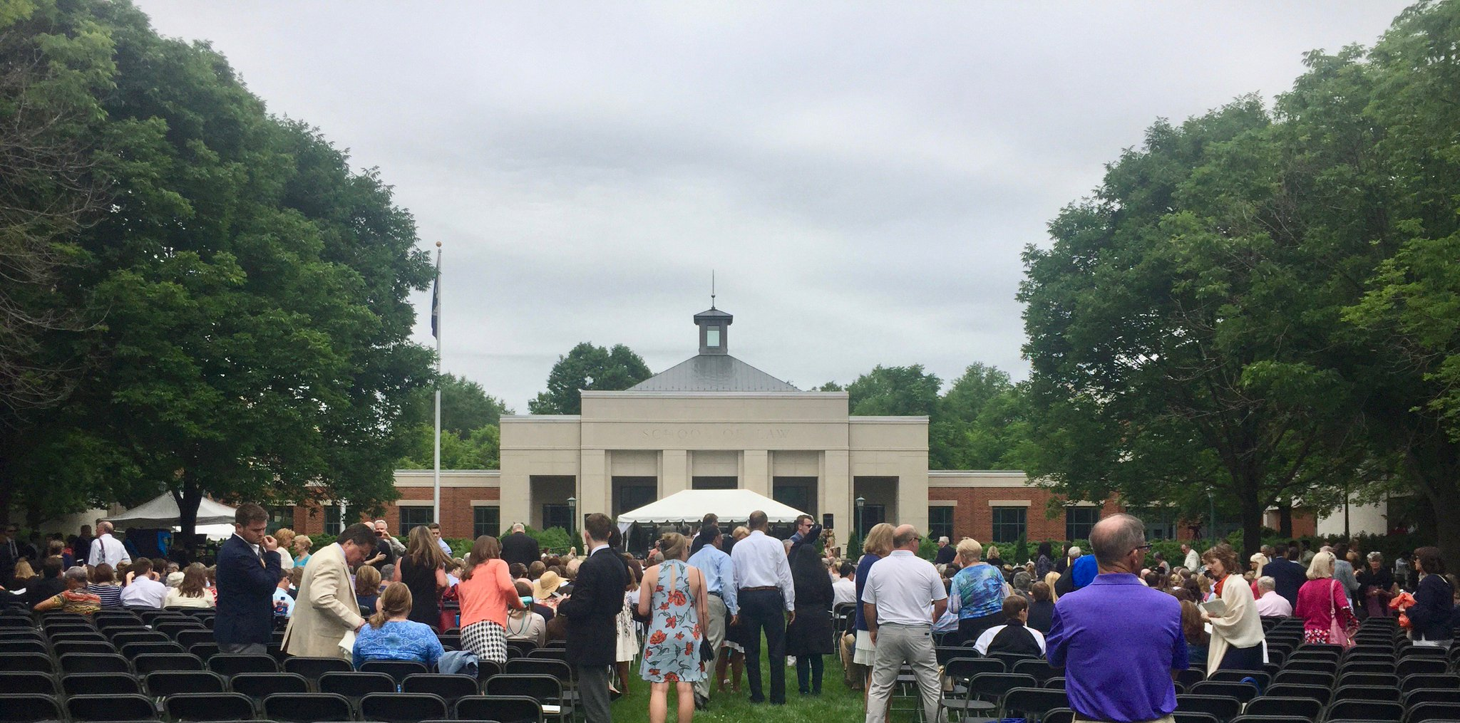 A beautiful day to celebrate the accomplishments of the class of 2017 @UVALaw. https://t.co/b86FdoSBrq