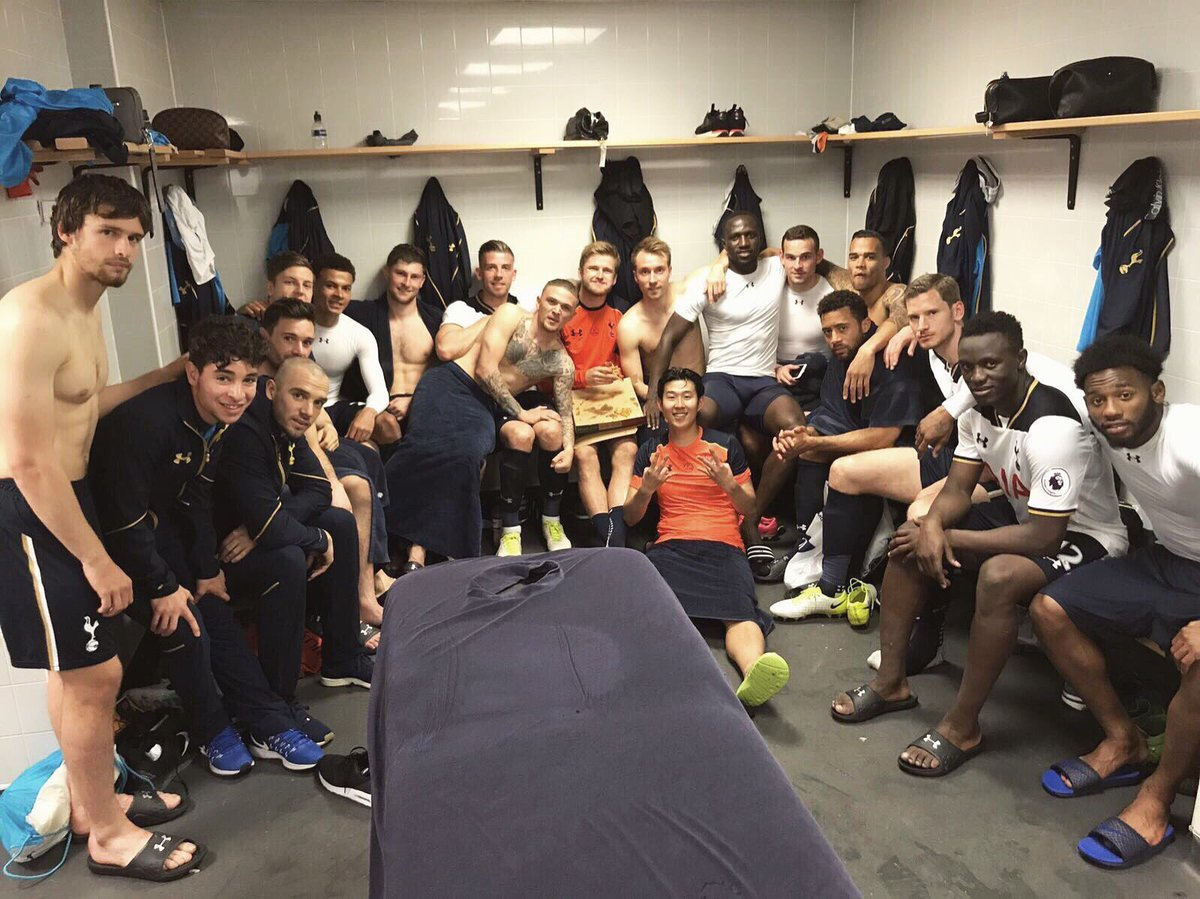 Couldn&#39;t wish for a better group of lads to have played the season with! Thanks to the fans! Let&#39;s make next season even better  #COYS <br>http://pic.twitter.com/H7oHsalxlC