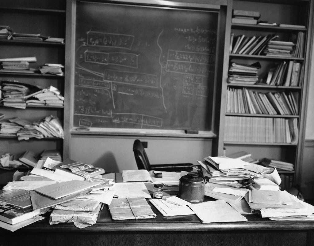 En ziet jouw bureau thuis of op je werk er zo uit?