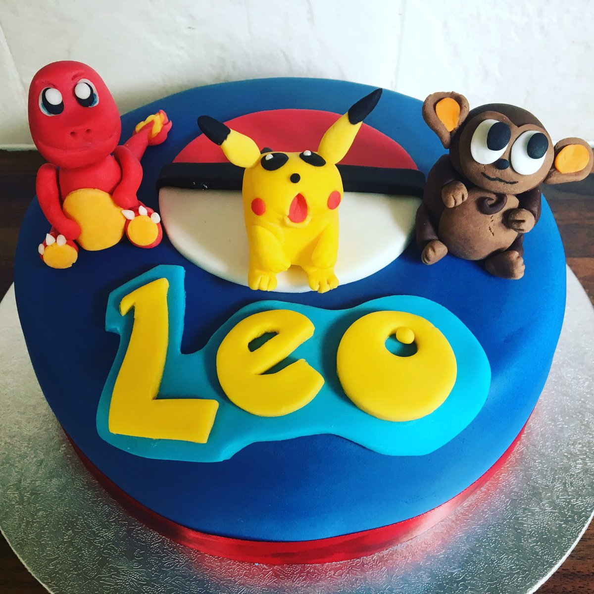 Fantastic Hannahmakescakes On Twitter Happy Pokemon Birthday Leo Cake Funny Birthday Cards Online Alyptdamsfinfo