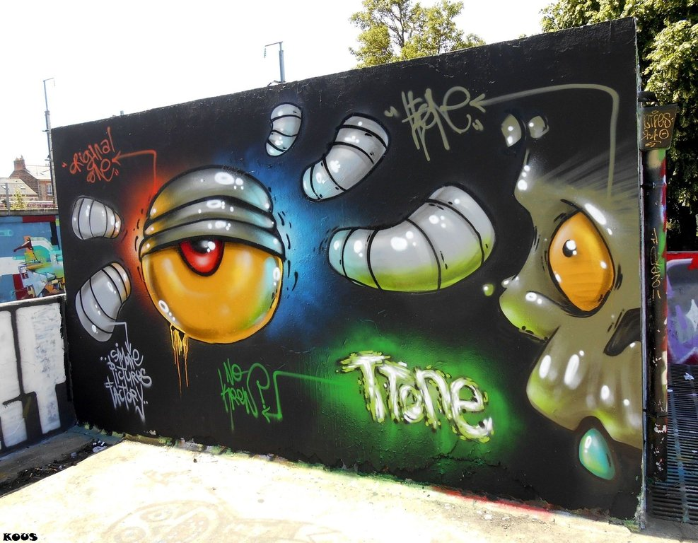 Street Art by Ttone #Rennes  http://www. urbacolors.com  &nbsp;   #art #mural #graffiti #streetart<br>http://pic.twitter.com/wZldoB0xwC